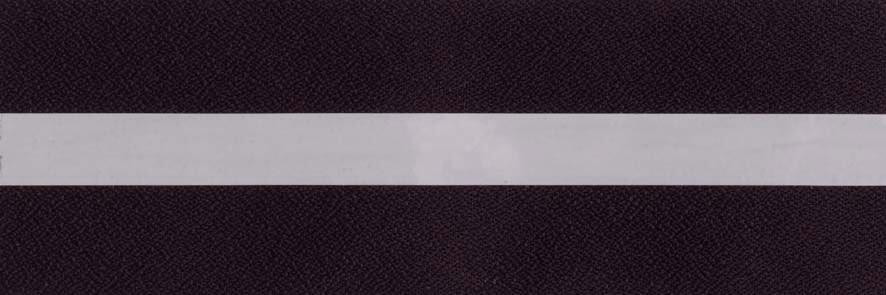 Honingraat plissé Plus 720412, reflectie 3%, transparantie 1%, absorptie 96% – aubergine