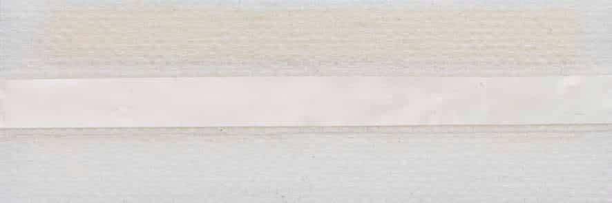 Honingraat plissé Extra 731001, reflectie 49%, transparantie 33%, absorptie 18% (brandvertragend) – gebroken wit