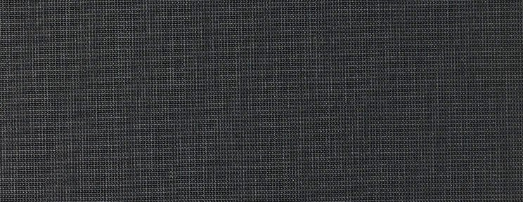 Rolgordijnen Comfort Brandvertragend Plus – 721912 – voorzijde: zwart – achterzijde: zilver – Samenstelling: 35% PES, 65% PVC – Openheidsfactor: 3% – Lichtinval: 4% – Transmissie van energie: 4% – Reflectie van energie: 72% – Absorptie van energie: 24% – gewicht: 320 g/m² – max 2350 mm breed