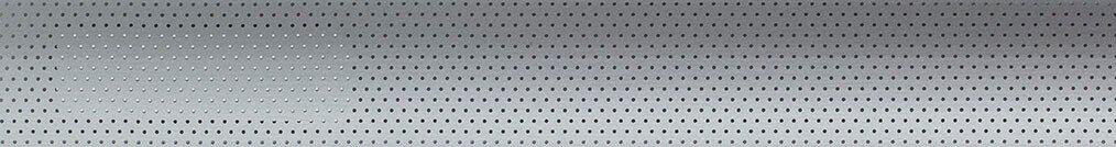 Aluminium jaloezie 'Groep 2' 10.2294 –  zilver glans met gaatjes – beschikbaar in 25 – 50 mm – kleur bovenbak en onderlat: 10.2291 (zilver glans)