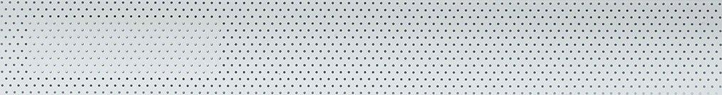 Aluminium jaloezie 'Groep 2' 10.2373 gebroken wit met gaatjes zijdeglans – beschikbaar in 25 – 50 mm – bovenbak en onderlat in kleur: 10.2005 (gebroken wit zijdeglans)