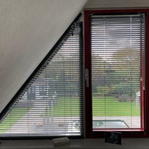 Trapezium jaloezie schuin raam